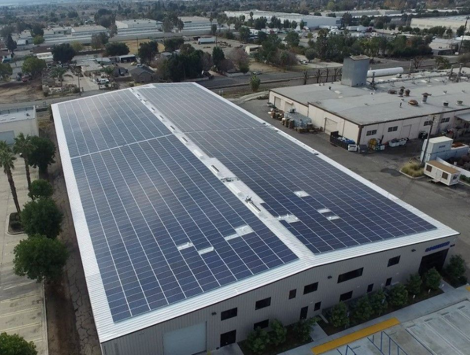Solar Roof Industrial Warehouse Office